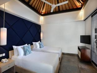 Peppers Seminyak Bali - 2 Bedroom Pool Villa - Twin bed lay out