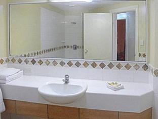 Toscana Village Resort Уитсандей-Айлендс - Ванная комната