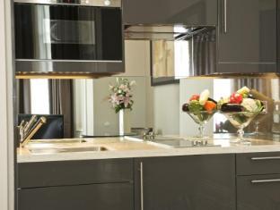 Fraser Suites Queens Gate London - Kitchen