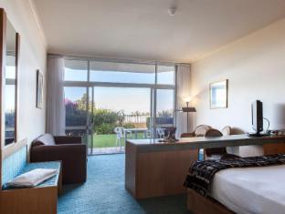 /th-th/absolute-beachfront-opal-cove-resort/hotel/coffs-harbour-au.html?asq=m%2fbyhfkMbKpCH%2fFCE136qZs9O1c2MWgfmRkBJ7OKHz3fatGG3N1dgcLxIWt2h%2bwL