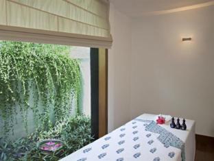 Trident Chennai Hotel Chennai - Treatment Room