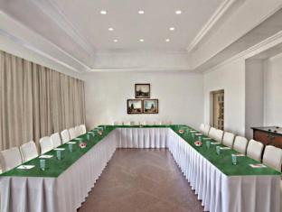 Trident Chennai Hotel Chennai - Meeting Room