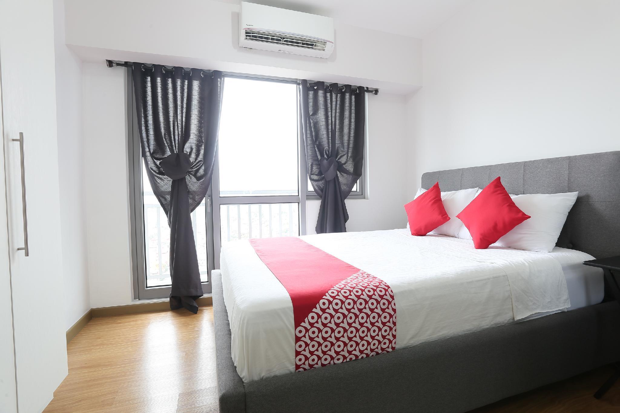 OYO 243 Acqua Private Residences