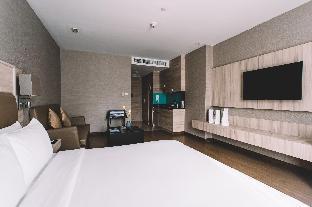 アデルフィ スイーツ バンコク Adelphi Suites Bangkok
