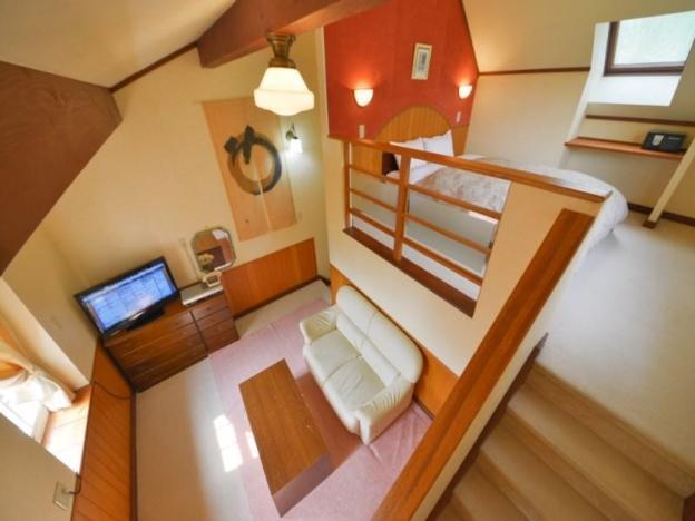 Hotel Casual Euro