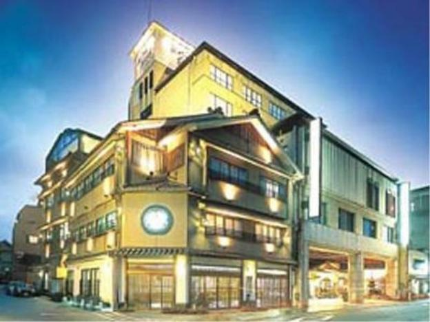 Awara Grand Hotel