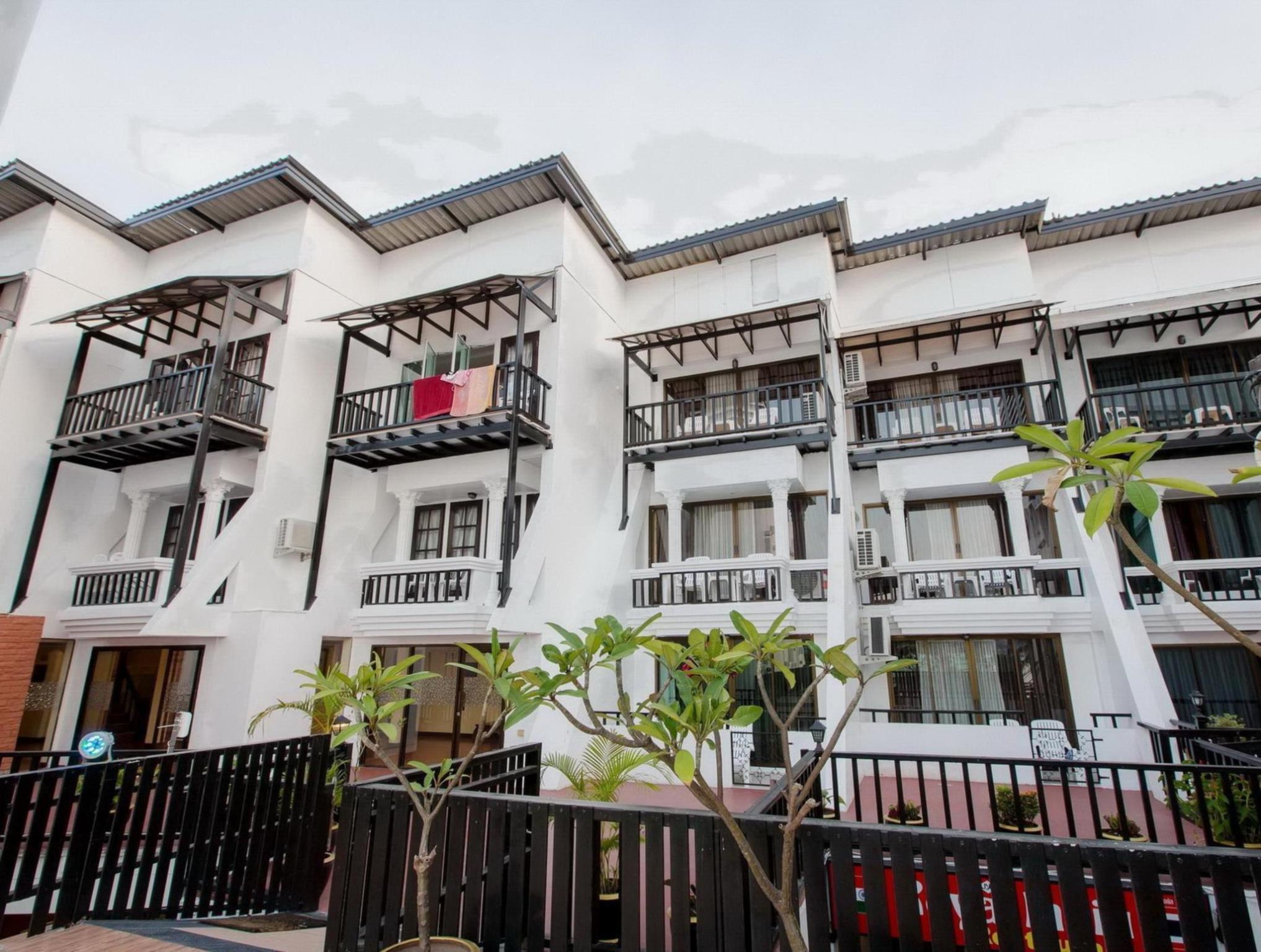 Patong Swiss Hotel Beach Front โรงแรมป่าตอง สวิส บีชฟรอนต์