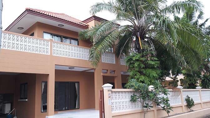 Rayong Beach House with garden บ้านเดี่ยว 4 ห้องนอน 4 ห้องน้ำส่วนตัว ขนาด 250 ตร.ม. – หาดระยอง
