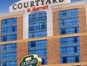尼亚加拉瀑布万怡酒店 (Courtyard by Marriott Niagara Falls)