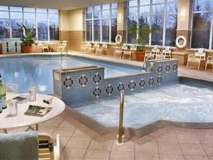 Courtyard by Marriott Niagara Falls Niagara Falls (ON) - Swimming Pool