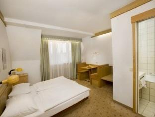Hotel Scherer Salzburg - Golf Course