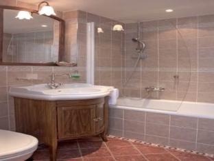 Hotel U Cerneho Orla Prague - Bathroom