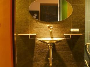 Diamond House Hotel Bangkok - Bathroom