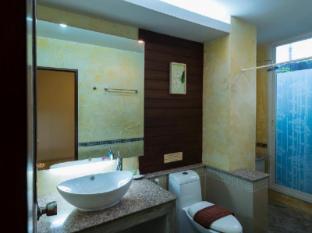 My Way Hua Hin Music Hotel Hua Hin / Cha-am - Deluxe Bathroom