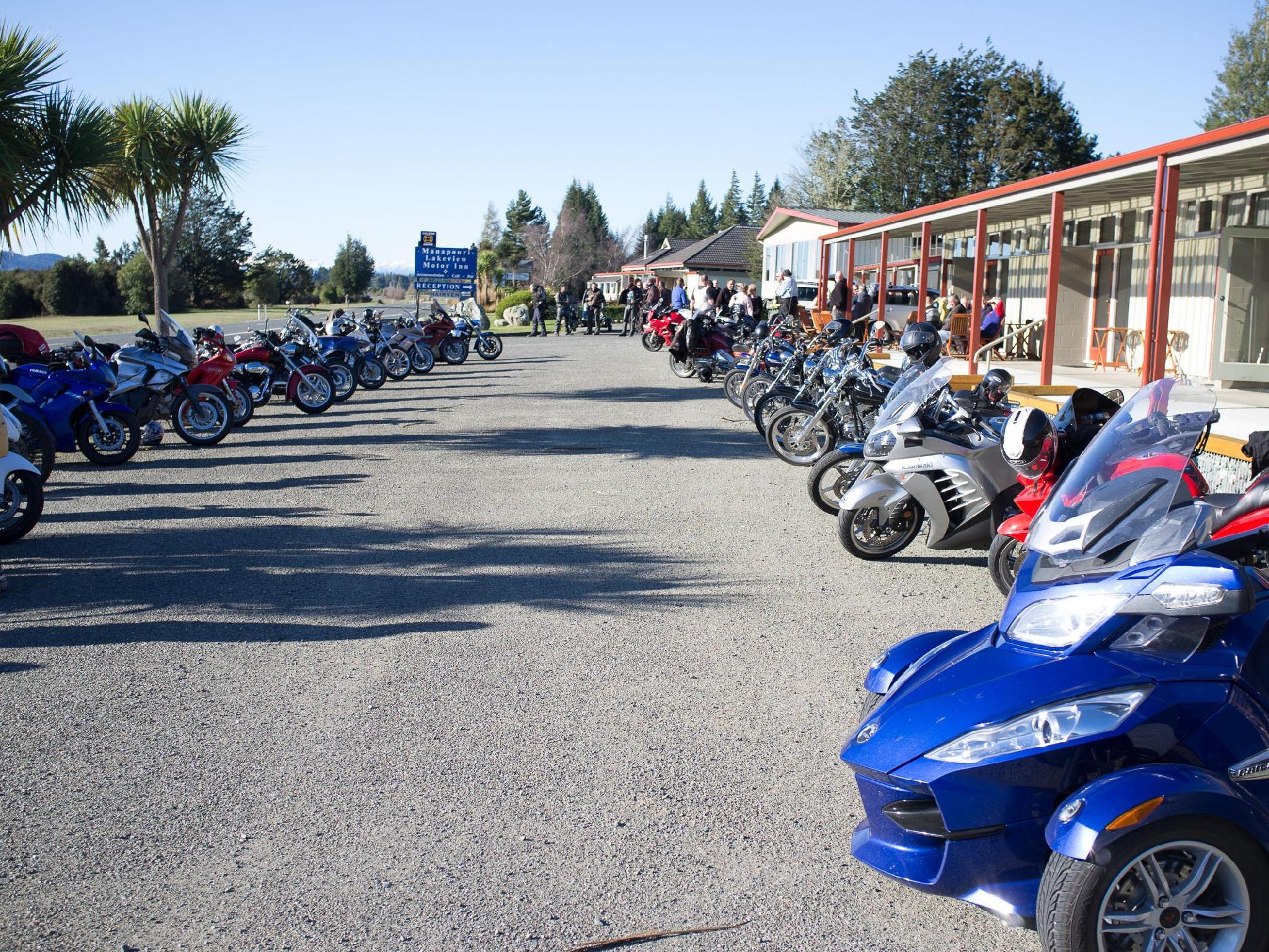 Manapouri Lakeview Motor Inn