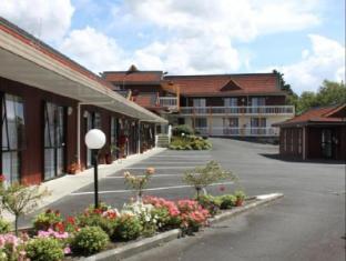 Asure Cherry Court Motel