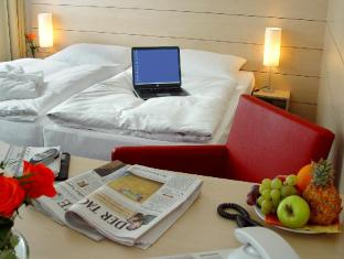 Concorde Hotel am Studio Berlin - Guest Room