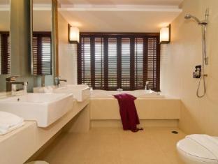 พีช บลอสซั่ม รีสอร์ท ภูเก็ต - ห้องน้ำ