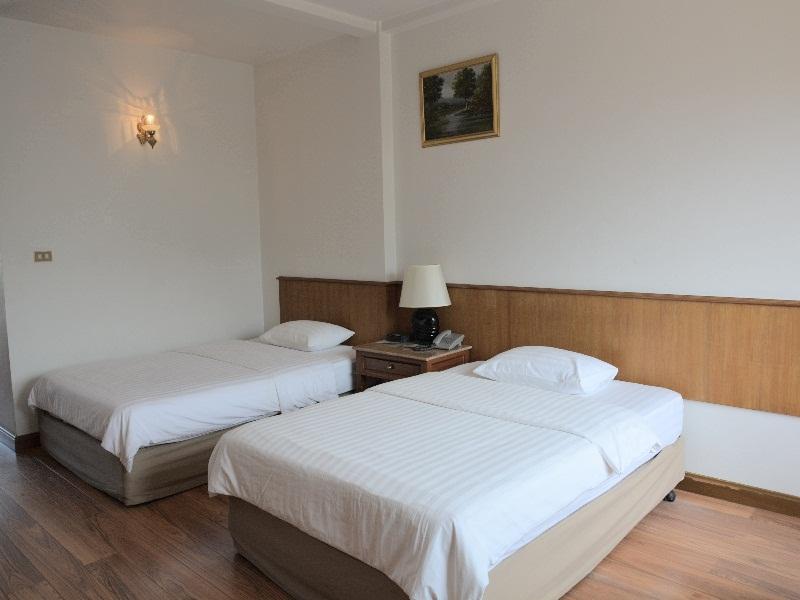 Sirin Hotel โรงแรมสิริน
