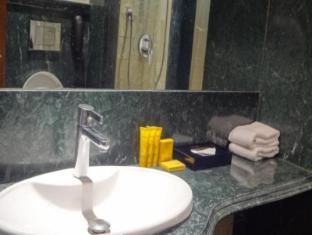 Bawa Continental Hotel Mumbai - Exterior