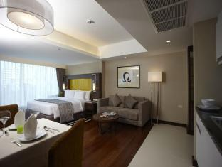 Legacy Suites Sukhumvit by Compass Hospitality Bangkok - Superior Premium -  Comfortable with King size bed