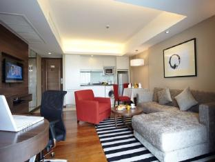 Legacy Suites Sukhumvit by Compass Hospitality Bangkok - One Bedroom Premier Suite - Washing machine and dryer available for all Premier rooms