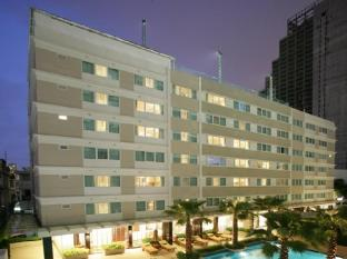 Legacy Suites Sukhumvit by Compass Hospitality Bangkok - Exterior