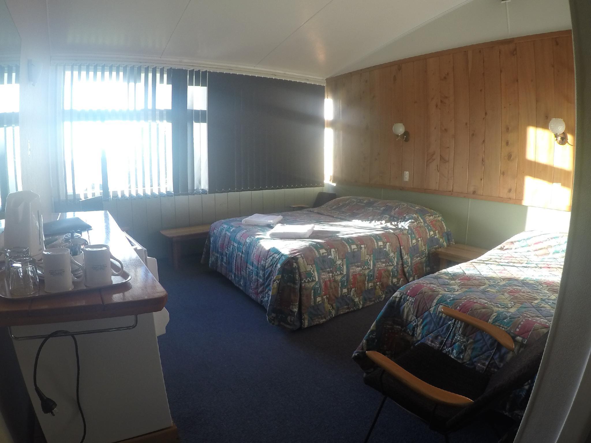 Hicks Bay Motel Lodge