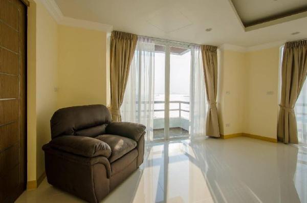 A private panoramic sea view suite in Si-Racha Chonburi