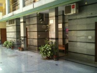 Rathna Mahal Residency