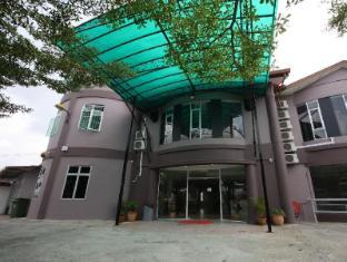 /place2stay-kenyalang/hotel/kuching-my.html?asq=vrkGgIUsL%2bbahMd1T3QaFc8vtOD6pz9C2Mlrix6aGww%3d
