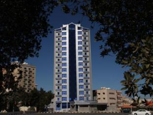 /roomi-suites-hotel/hotel/kuwait-kw.html?asq=GzqUV4wLlkPaKVYTY1gfioBsBV8HF1ua40ZAYPUqHSahVDg1xN4Pdq5am4v%2fkwxg