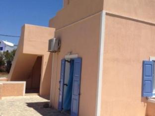 Thalia Apartments Santorini