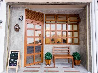 シーロム バード ハウス Silom Bird House