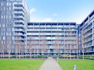 Sky Living Apartments - Canary Wharf