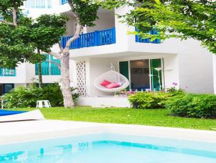 Chelona Hua Hin C105 Family 1 Bedroom Poolside