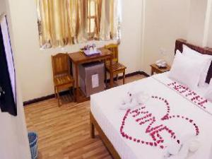 Hotel Bayint Naung