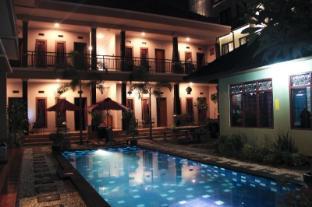 Nuka Beach Inn - Bali