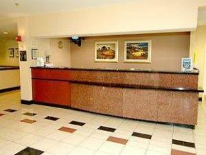 Courtyard By Marriott Tallahassee Hotel