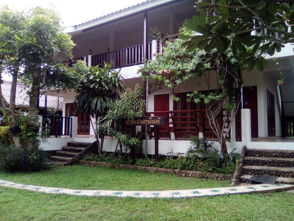 Baanchanoknunt Resort Pai