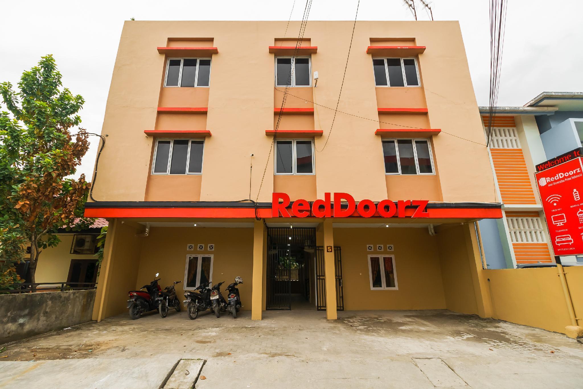 RedDoorz Near Jalan Ayahanda Medan