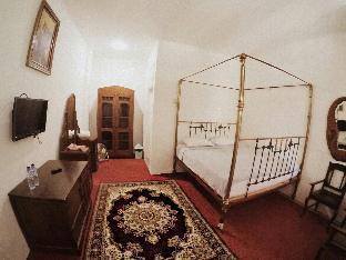 Amali Gallery Hotel