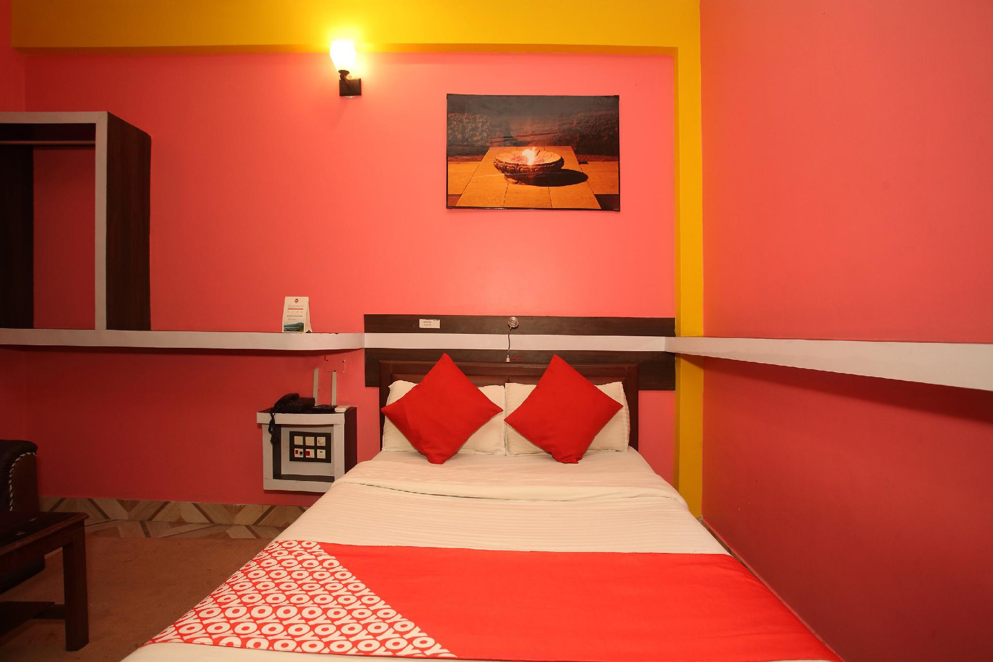 OYO 512 Hotel Brindaban