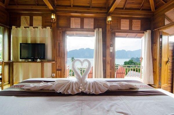 Front Side Sea View Villa Beautiful beach Koh Phi Phi