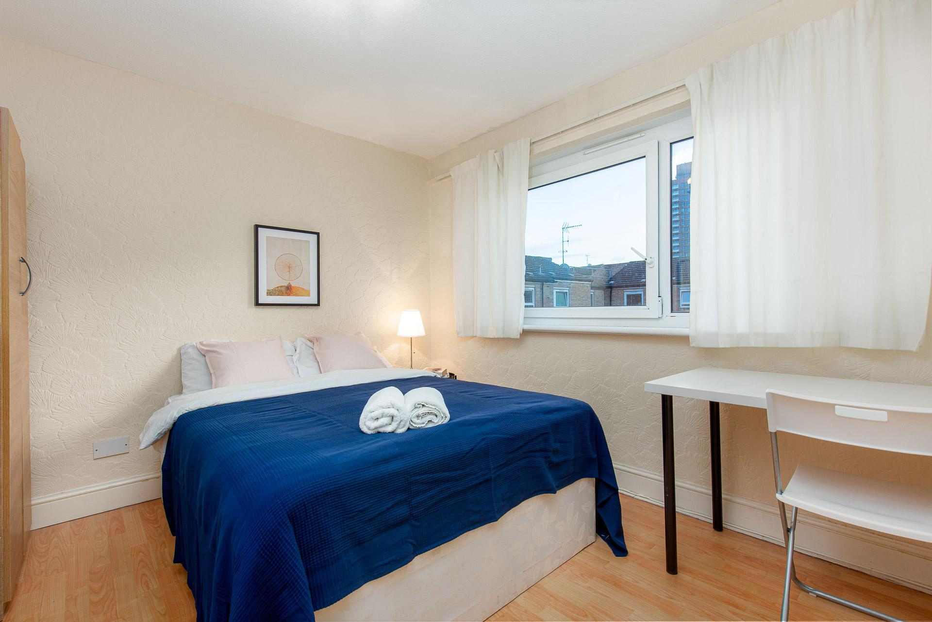 PATRICK CONNOLLY GARDENS - DELUXE GUEST ROOM 5