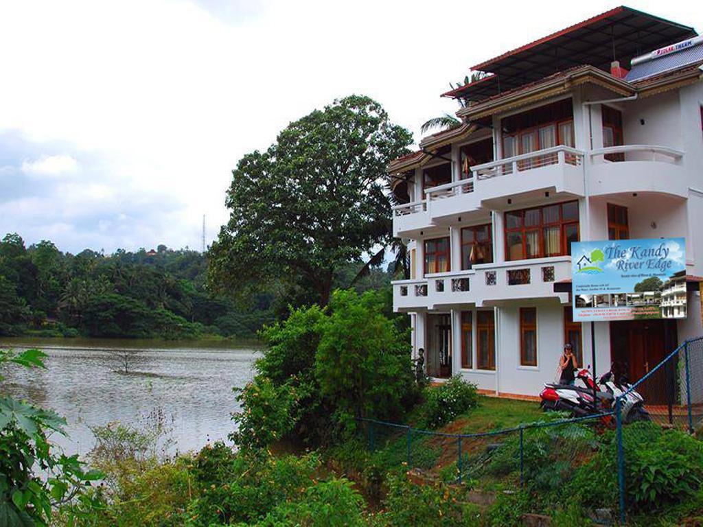Kandy River Edge
