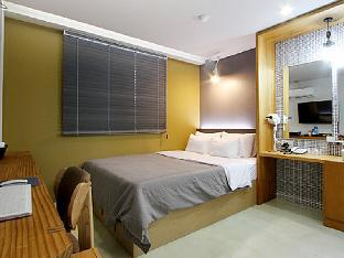 ムオレ ホテル