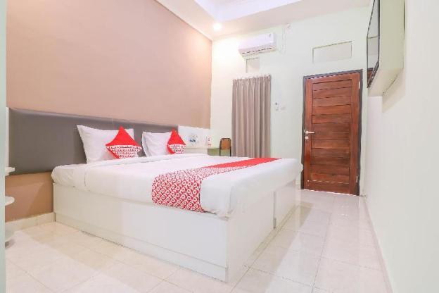 OYO 1445 Jimbaran 12 Residence