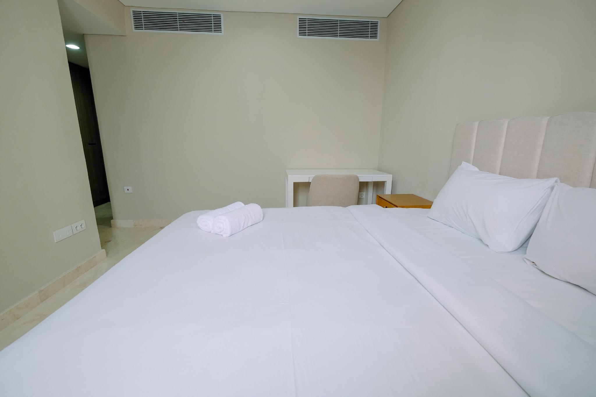 Luxury 2BR + 1BR Ciputra World 2 Apartment By Travelio