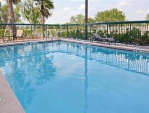 Wingate by Wyndham -  Orlando International Airport Hotel